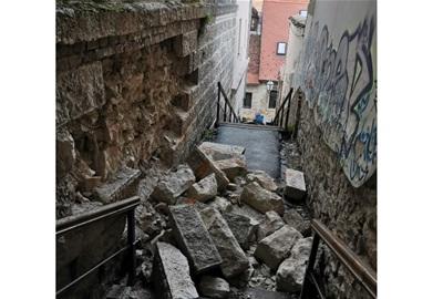 [Osvrt] Kada se usred epidemije dogodi potres