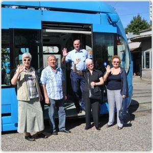 Sigurnost starijih građana u javnom gradskom prijevozu – priča o Alojzu i Vlatki